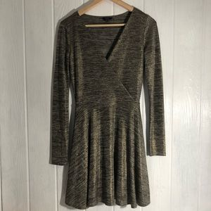 Guess Fit & Flare MetallicGold Black Knit Dress S